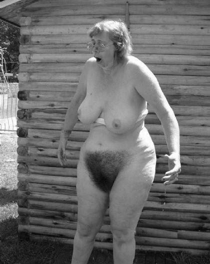 лысая пизда пожылой тетки фото